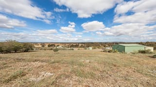 59 Paces Lane Rowsley VIC 3340