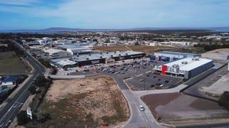 Large Format/Linkon Park HQ Cnr Verran Tce & St Andrews Tce Port Lincoln SA 5606