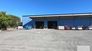 3 & 4/6-16 Cessna Drive, Caboolture QLD 4510