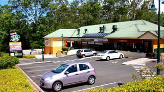 2 Kirkdale Road Chapel Hill QLD 4069