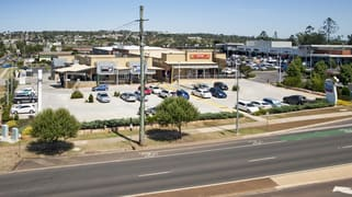 137 Ruthven Street - Tenancy 4 North Toowoomba QLD 4350