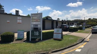 2/18 Pickwick Street Cannon Hill QLD 4170