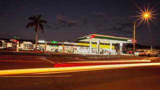 2, 3 & 4/74 Bideford Street Torquay QLD 4655