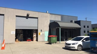 Unit  8/100 New Street Ringwood VIC 3134
