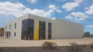 42 Bensted Road Callemondah QLD 4680