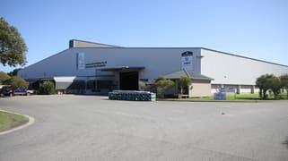 4 Lodge Drive East Rockingham WA 6168
