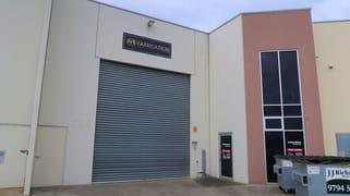 2/14 Bate Close Pakenham VIC 3810