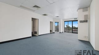 Suite  12/60 Macgregor Terrace Bardon QLD 4065