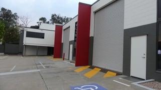 27 TRADELINK RD Hillcrest QLD 4118
