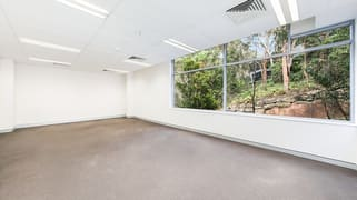4302/4 Daydream Street Warriewood NSW 2102