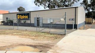 Factory 1/4 Fitt Ct East Bendigo VIC 3550