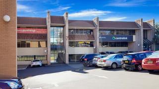 1/7 SEVEN HILLS ROAD Baulkham Hills NSW 2153