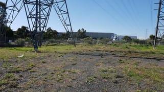 Rear Yard/350 Settlement Road Thomastown VIC 3074