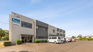 2/218 Anzac Avenue Harristown QLD 4350