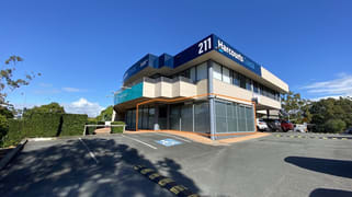 1/211 Ron Penhaligon Way Robina QLD 4226