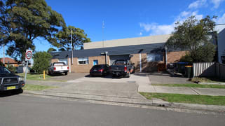 33 Planthurst Road Carlton NSW 2218