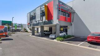 8/547 Woolcock Street Mount Louisa QLD 4814