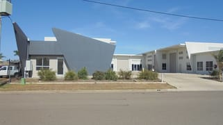 2/10-12 Auscan Cres Garbutt QLD 4814