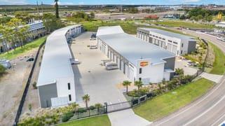 8 Murray Dwyer Circuit Mayfield West NSW 2304