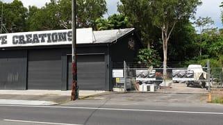174 English Street Manunda QLD 4870
