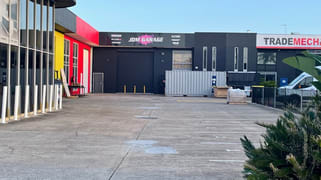 3/8 Lawrence Drive Nerang QLD 4211