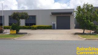 2/46 Margaret Vella Drive Paget QLD 4740