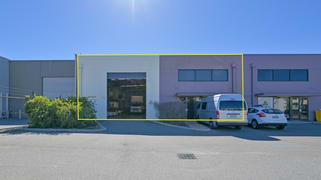 Unit 2, 40 Tacoma Circuit Canning Vale WA 6155