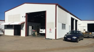 18 Carroll Street Mount Louisa QLD 4814
