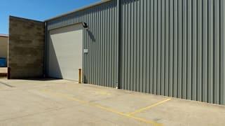 2/81 Catherine Crescent Lavington NSW 2641