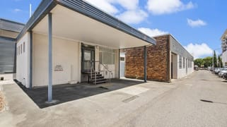 4 Hall Lane, Toowoomba QLD 4350