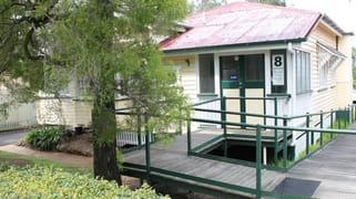 8 Rens Street, Toowoomba QLD 4350