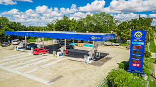 76 Middle Road, Hillcrest QLD 4118