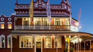 The Norman Hotel/102 Ipswich Road Woolloongabba QLD 4102
