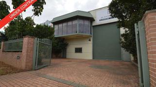 4 Reservoir Avenue Greenacre NSW 2190