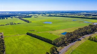 1045 and 1095 New Irrewillipe Road Bungador VIC 3260