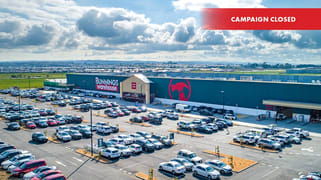 Bunnings Warehouse Berwick-Cranbourne Road Clyde North VIC 3978