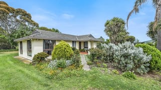 305 Evans Road Cranbourne West VIC 3977