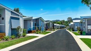 7 Catherine Crescent Lavington NSW 2641