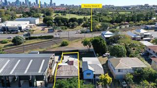46 Milsom Street Coorparoo QLD 4151
