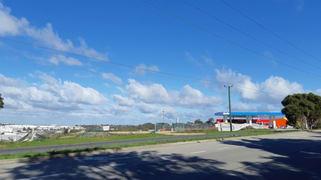 14 Whyalla Court Bibra Lake WA 6163