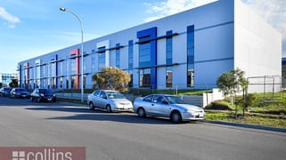1/11-15 Remount  Way Cranbourne West VIC 3977