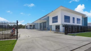 Units 1-4/92 Mustang Drive Rutherford NSW 2320