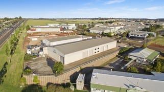 15 Freighter Avenue Wilsonton QLD 4350