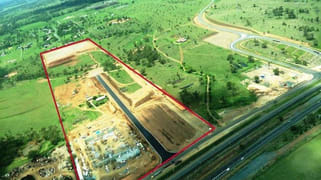 Unit/245 Somerset Road Gracemere QLD 4702
