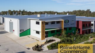 17 Daintree Drive Redland Bay QLD 4165