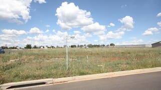 2 Asset Way Dubbo NSW 2830