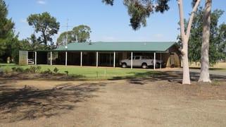 728 Plumptons Road, Finley NSW 2713