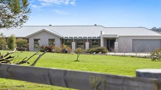 921 Sebastopol-Smythesdale Road Ross Creek VIC 3351