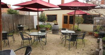 Restaurant Business in Clunes