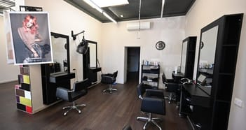 Beauty Salon Business in Donald